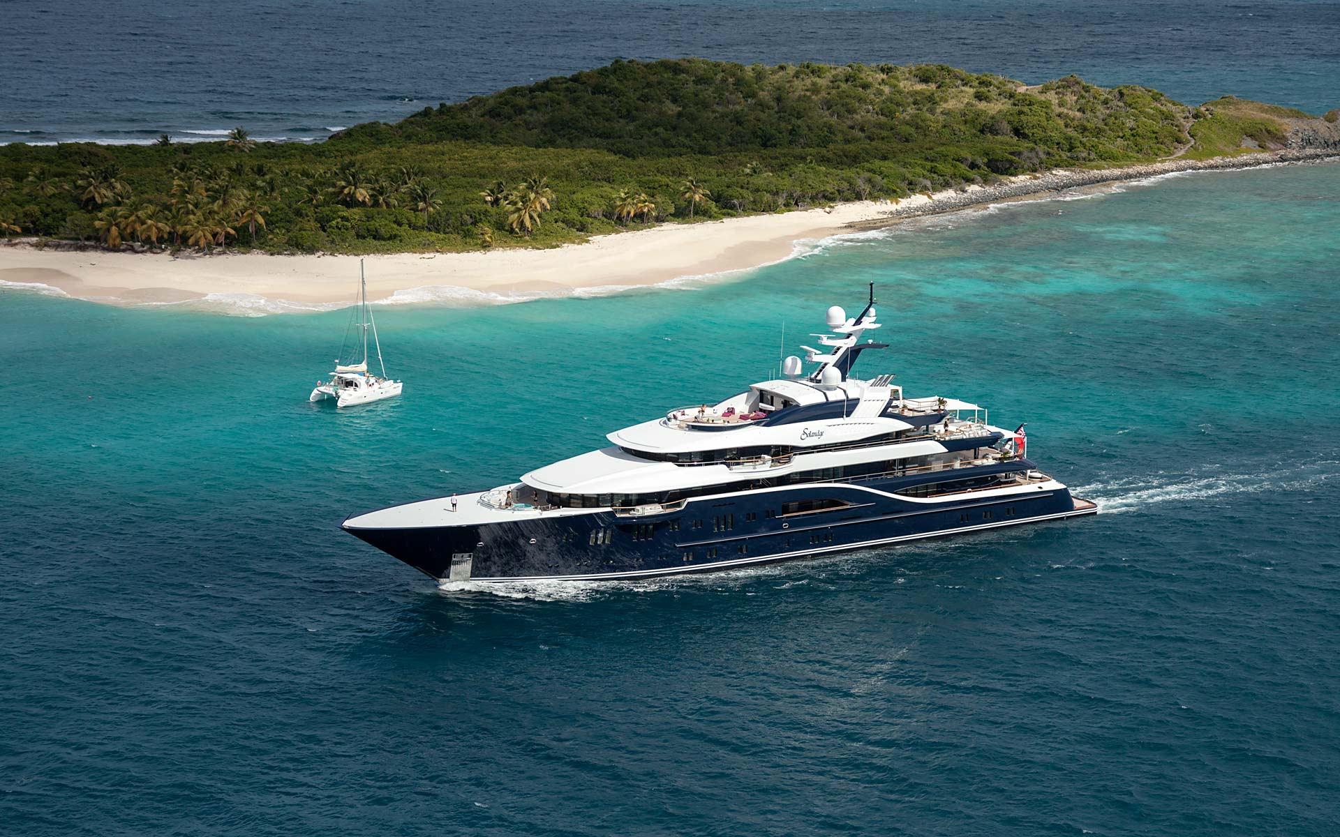 http://wejetlovers.wehomeowners.com/wp-content/uploads/2016/07/Yacht-Photo_005.jpg